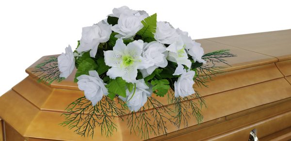 цветочная композиция на гроб №5