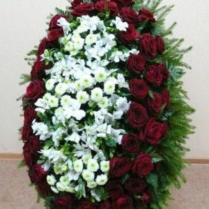 Венок на похороны из живых цветов №13