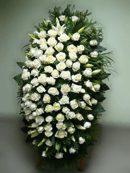 Венок на похороны из живых цветов №20