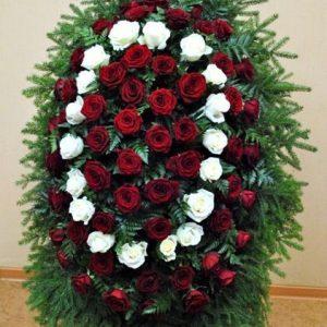 Венок на похороны из живых цветов №21